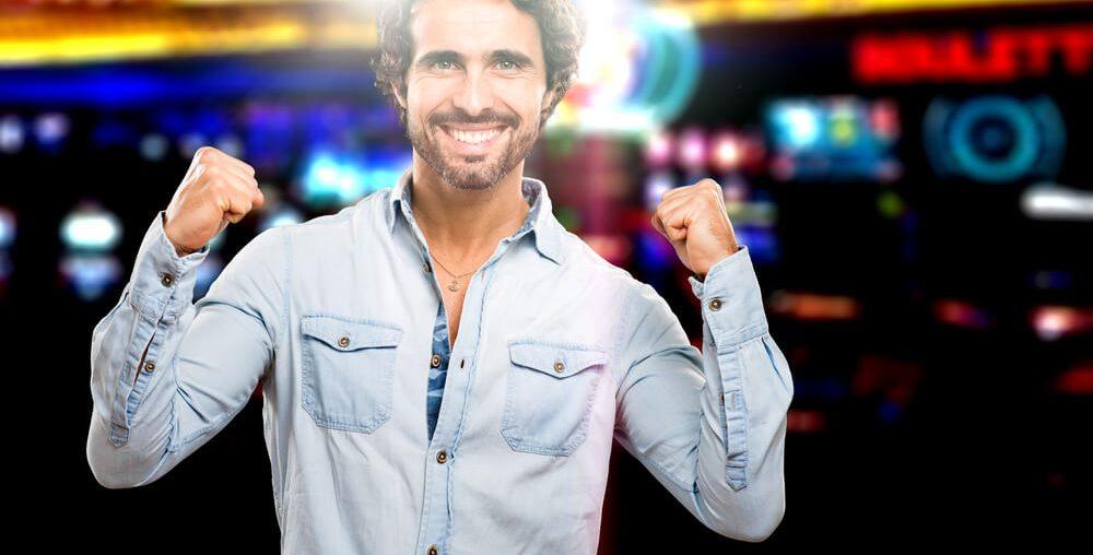 ما هو الجديد حول فوز اللاعب بـ 1,850$ في جولة لعب بلاك جاك؟