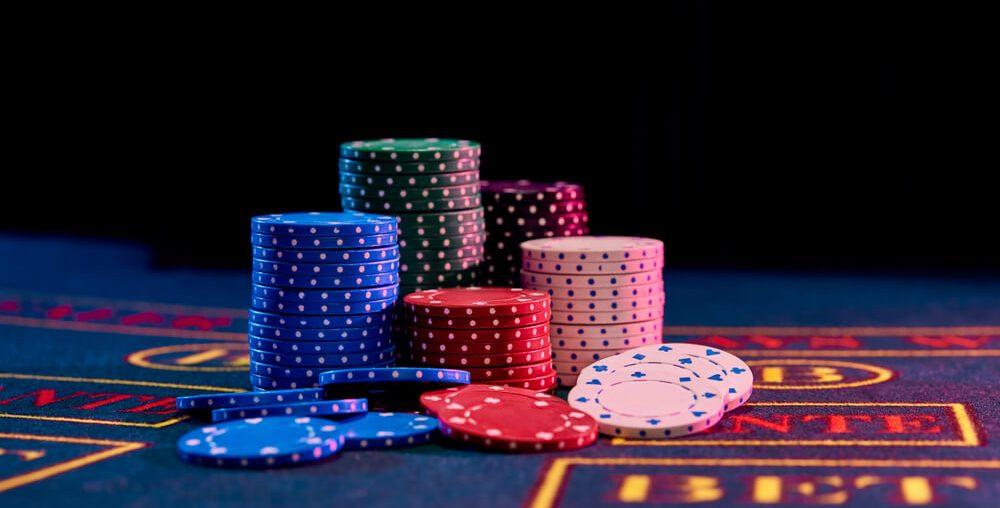 هل اللاعبون في bet365 poker بدأوا تجربة لعبهم مباشرة في الموقع؟